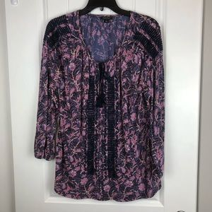Lucky floral embroidered blouse